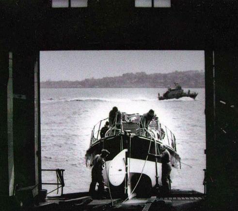 Reddingsboot Harlingen vaart uit